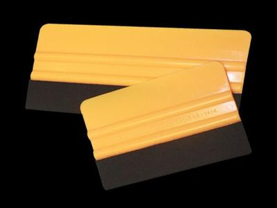 4″ & 6″ Plastic with Felt Squeegee