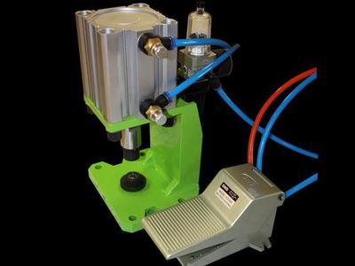 Econo Air Grommet Press